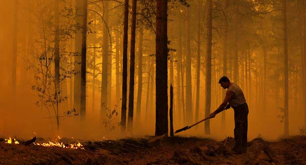 Russia's Fires Breathe New Life into Climate Pictu