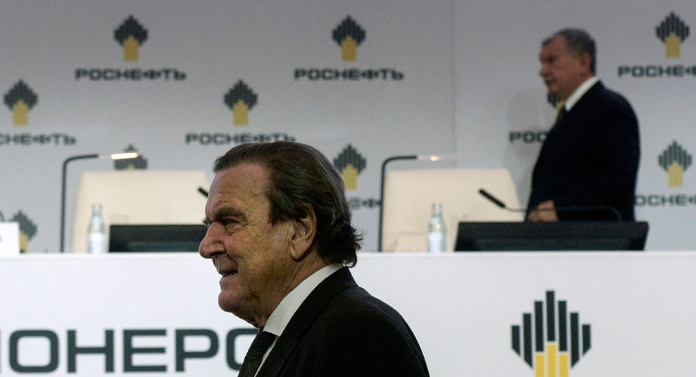 Schröder's Unswerving Loyalty to Putin