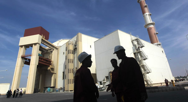 Ensuring Nuclear Fuel for Iran Could Put the Country in a Box