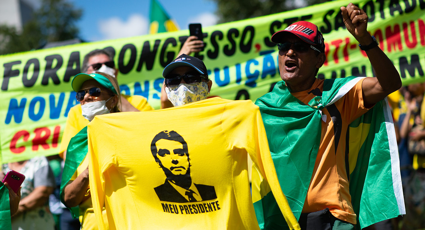 People participate in a motorcade and demonstration in favor Brazilian President Jair Bolsonaro amidst the outbreak of the coronavirus