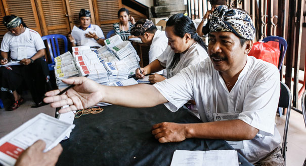 Money and Politics in the 2014 Indonesian Elections