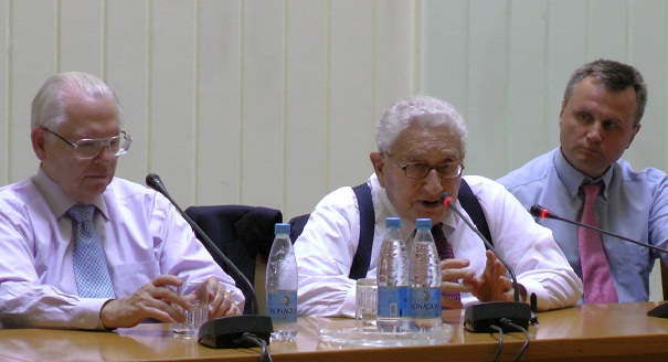 Amb. Collins (left), and Dr. Kissinger (middle)